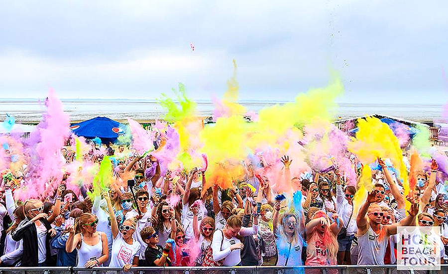 Bunte Party am Strand: 'Holi Beach Dangast' am 15. Juli
